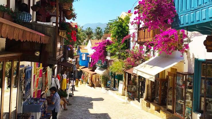Antalya'dan Kaş'a Masmavi Yolculuk